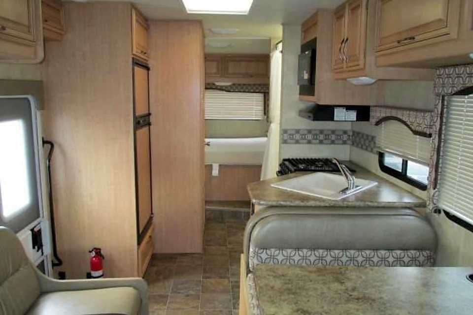 Rent My 2012 Thor Motor Coach 28 Four Winds Rv From 208 Night Rvezy